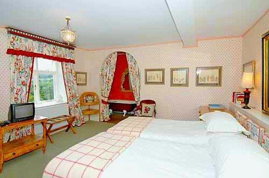 Cleeton Court Bed and Breakfast: Twin Bedroom