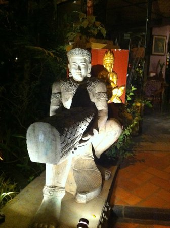 Bopha Angkor Hotel & Restaurant:                   reseption