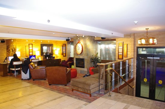Comfort Inn Downtown:                   lobby