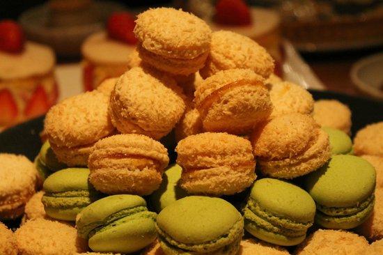 Chalet-Hotel Alpina: Buffet des douceurs