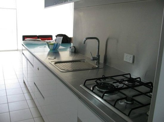 The Miro Apartments: Kitchen