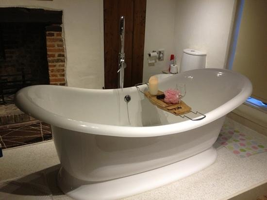 Southwold, UK:                                     Double-ended slipper bath - worth the wait