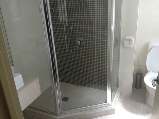 Best Western Plus Hotel Stellar: Shower
