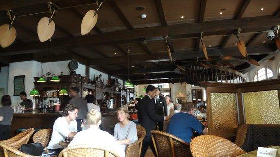 Raffles Hotel Singapore: Long Bar