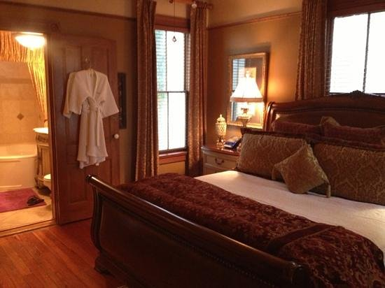 The Cedar House Inn:                   Our room, The St. Augustine Grand.