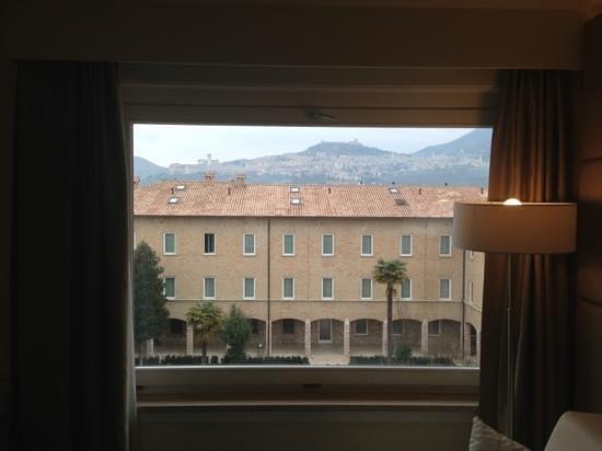 Hotel Cenacolo:                   Vista dalla camera
