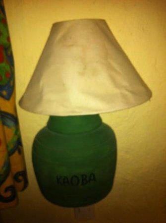 Hotel Kaoba:                                     lampara roñosa