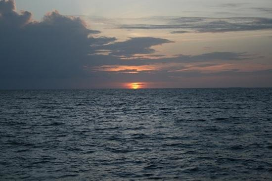 Kuredu Island Resort & Spa:                                                       Cruise sunset
