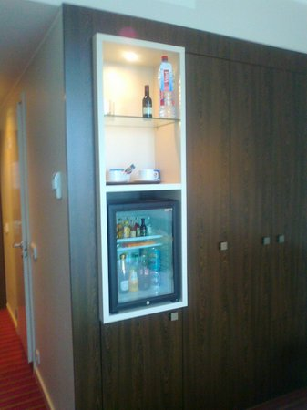 Park Inn by Radisson Meriton Conference & Spa Hotel Tallinn: minibar