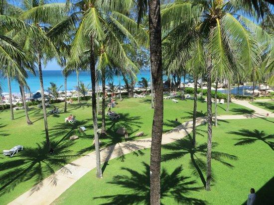 Katathani Phuket Beach Resort:                   Utsikt från rum 5333