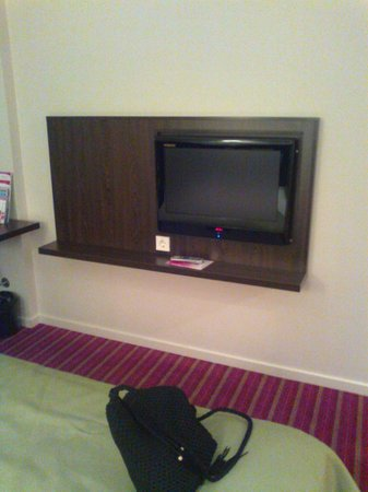 Park Inn by Radisson Meriton Conference & Spa Hotel Tallinn : tv