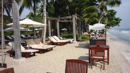 Asara Villa & Suite: Strand