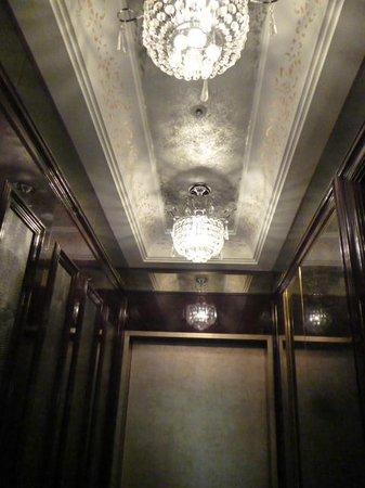 Hotel Artnouveau Seocho:                   天井