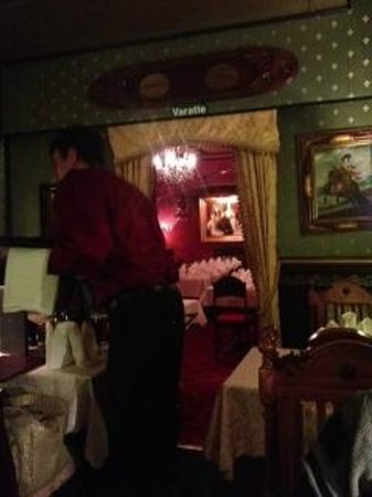 Saslik : The restaurant