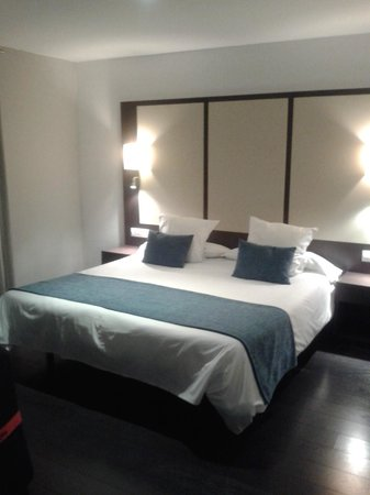 ปูเอโบล อคานติลาโด สวีทส์:                   bedroom