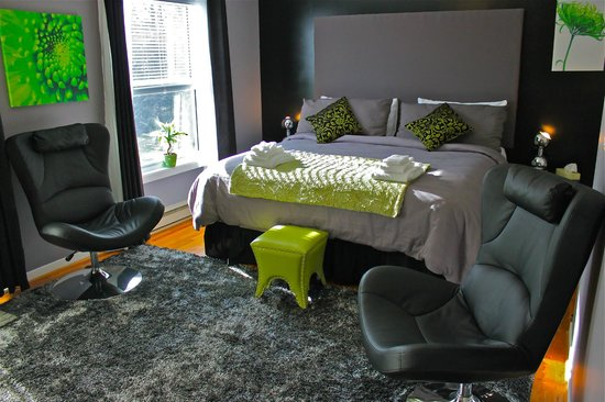Abadin Bed and Breakfast: Abadin B&B King Suite Lime Green