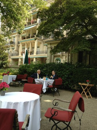 Brenners Park-Hotel & Spa: Outdoor sitting, balcony on the background