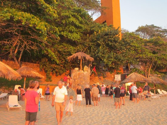 Las Brisas Hotel Collection Ixtapa:                   Sunset festivities at Las Brisas