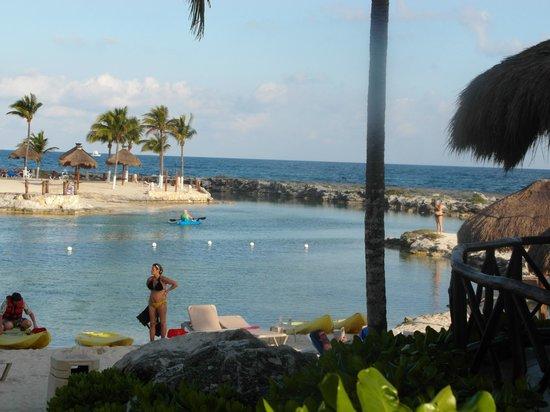 Catalonia Yucatan Beach: Lagoon