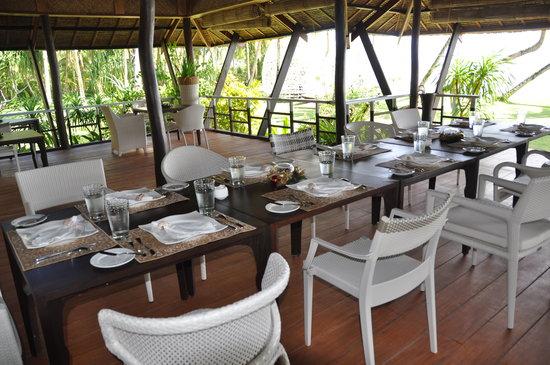 DEDON Island Resort:                                     bon appétit