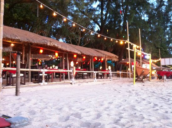 Sayang Beach Bungalows:                   Restaurant... a couple of steps away from the water