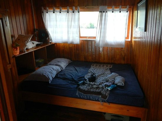 Blue Bay Divers :                   Uppercabin