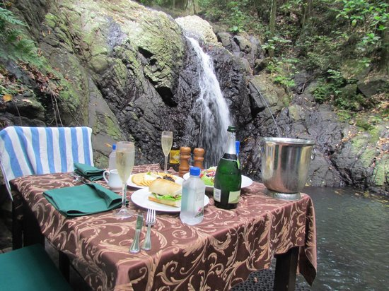 Namale Resort & Spa:                   Waterfall Lunch