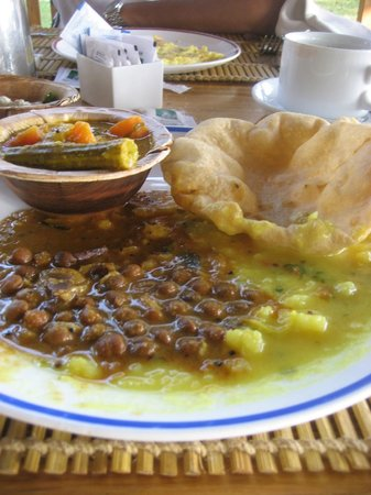 Punnamada Resort:                   Breakfast - simply divine!