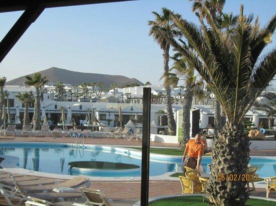 Sands Beach Resort:                   Pool and Mai Tai Bar