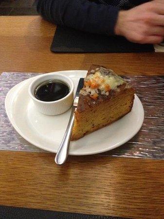 Weighbridge Brewhouse :                   Starter- bread and balsamic Vinegar