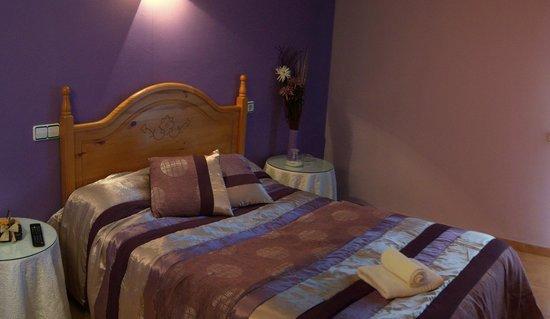 Hostal El Rebos de Campo:                   La habitacion en cual nos hemos alojado