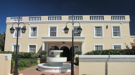 Milkwood Manor on Sea :                   entree Hotel