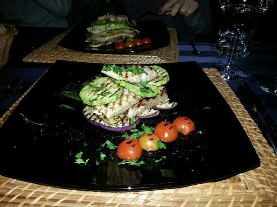 Il Casaro :                   millefoglie di ricciola con verdure grigliate