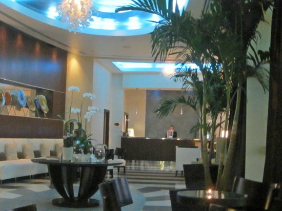 Residence Inn Fort Lauderdale Intracoastal/Il Lugano:                   hotel lobby