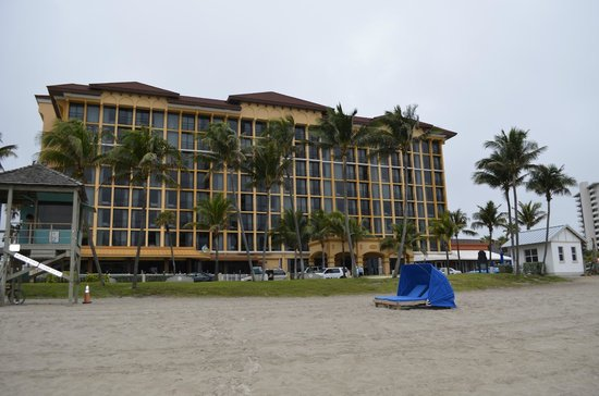 Wyndham Deerfield Beach Resort:                   Front view of the hotel