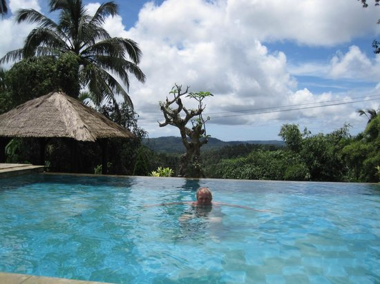 Sanda Butik Villas:                   Even lovely while taking a swim