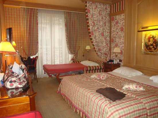 Chambiges Elysees Hotel:                   Quarto