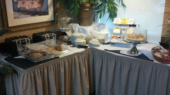 Holiday Inn Hotel & Suites St. Augustine/Historical District : Breakfast is top-notch