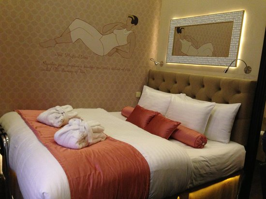 Design Hotel Jewel Prague :                   Opal room