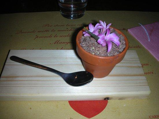 Pasticceria Ferretti: Mousse di pistacchio e pezzi di cioccolato