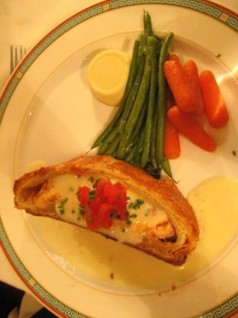 La Ferme Restaurant: Filet Salmon