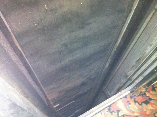 Deadwood Dick's:                   The elevator shaft after opening the door