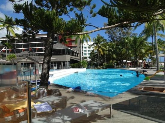La Creole Beach Hotel:                   Swimming poolarea
