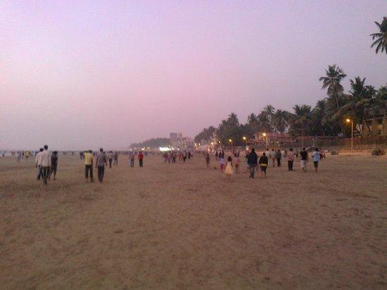 Hotel Sea Princess :                   Juhu beach