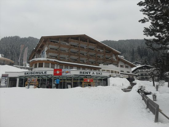 AlpineResort:                   Front view of the hotel in Feb 2013