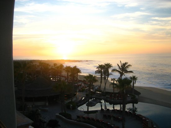 Sheraton Hacienda del Mar Golf & Spa Resort Los Cabos: Amanecer