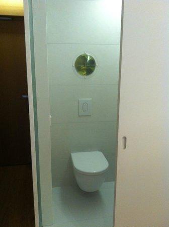 Barcelo Sants:                   Туалет