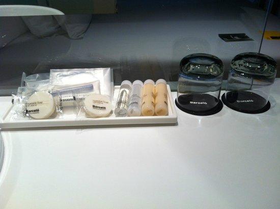 Barcelo Sants:                   мыло и прочее                 