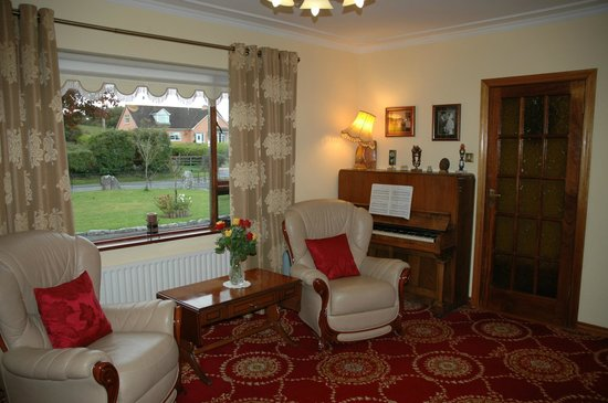 Hazel Grove B&B: Sitting Room, Lounge, TV Room