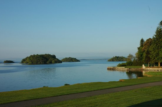 Hazel Grove B&B: View of Louch Corrib from Ashford Castle grounds